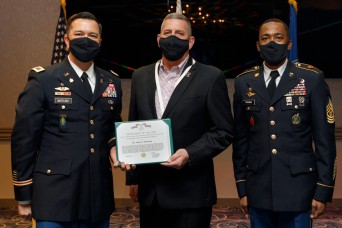 U.S. Army Garrison Japan bids farewell to Deputy Garrison Commander