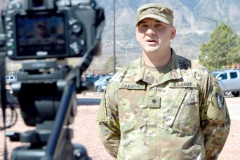 Soldiers helping Soldiers:  Fort Carson unit leads AER campaign pack