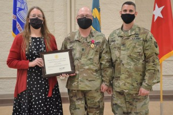 LOGCAP Support Brigade conducts change of responsibility ceremony