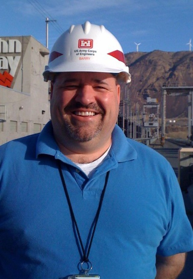 Great Lakes and Ohio River Division Employee Spotlight, Barry Wright, Safety and Occupational Health Manager