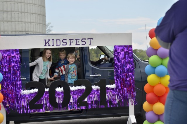 The Fort Campbell Directorate of Family and Morale, Welfare and Recreation provides an opportunity for Family photos April 17 along the route at Kidsfest: Magical Drive-thru, at the division parade field.