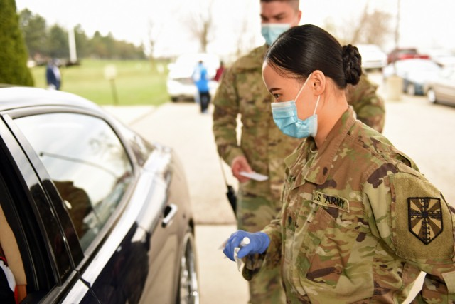 Michigan Soldier solidifies citizenship through service