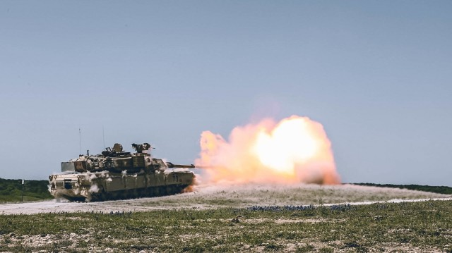 Tankers with 3rd Armored Brigade Combat Team, 1st Cavalry Division send rounds down range during the brigades GREYWOLF FORGE live fire training exercise, Fort Hood, Texas, April 11, 2021. (U.S. Army Photo by Sgt. Calab Franklin, 3rd Armored Brigade Combat Team, 1st Cavalry Division Public Affairs)