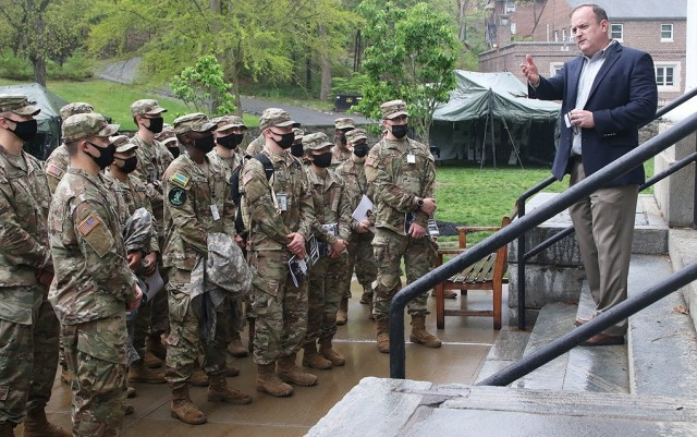 """Dr. Peter Kilner, Simon Center for the Professional Military Ethic chair of character development, begins the """"Inspiration to Serve"""" Cemetery Tour with an orientation brief on the steps of the Old Cadet Chapel to Company G-2 cadets April 29 at the West Point Cemetery."""