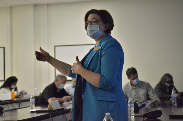 Anne Fugate, Transition Services Manager at Fort Campbell, briefs Nashville business leaders on the installation's Transition Assistance Program April 28 during a Nashville Leaders Tour.