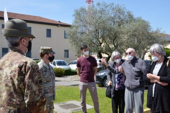 After 70 years, Italian man visits his former post at Caserma Ederle