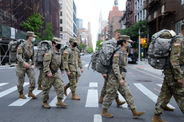 NY Army Guard medics ruck across city for weekend training