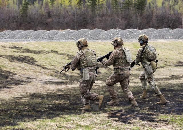 Alaska National Guardsmen compete in marksmanship