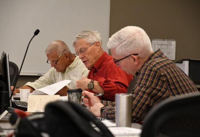 Retired GOs help shape tomorrow's Army doctrine