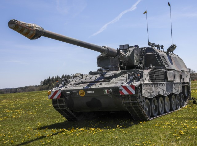 The 132nd Field Artillery Regiment, Italian Army, displays their Howitzer PzH2000, as part of Dynamic front 21 Academics Day, at Vilseck Army Air Field, Germany, May, 09, 2021. Dynamic Front 21 includes approximately 1,800 participants from 15 nations, May 3-21, 2021 at the U.S. Army's Grafenwoehr Training Area, Germany and Torun, Poland. DF21 is a 7th Army Training Command-led, U.S. Army Europe and Africa-directed exercise designed to increase readiness, lethality and interoperability by exercising allied and partner nations' ability to integrate joint fires in a multinational environment at both the operation and tactical levels.