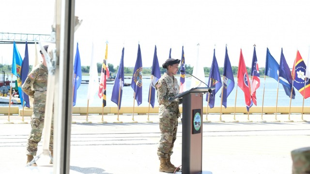 841st Transportation Battalion welcomes new commander
