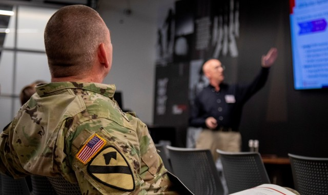 Army Rapid Capabilities and Critical Technologies Office to hold its third pitch day event