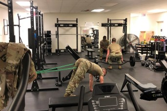 Army Recovery Care Program Soldiers pump iron, lift spirits