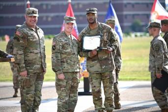 CASCOM awards best warrior, drill sergeant of year titles