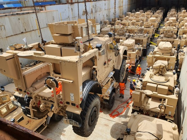 405th AFSB prepares hundreds of M-ATVs for shipment to U.S.-based MP units