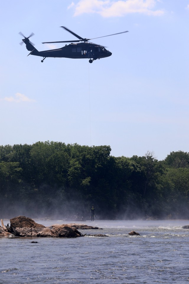 NCNG, 1st responders practice helicopter aquatic rescue