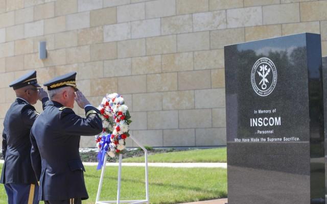 INSCOM Commemorates Fallen Soldiers