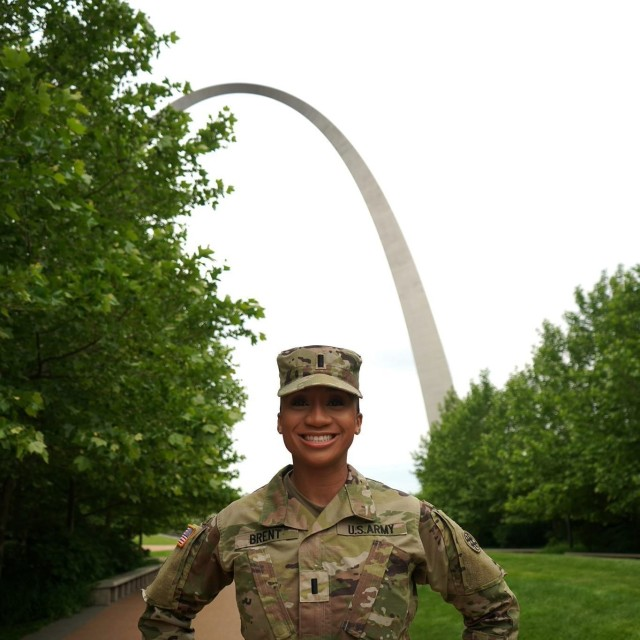 1st Lt. Earnisa Brent is the lead for Forward Assessment Sustainment Team 7 (FAST 7) - St. Louis. Her team is providing logistical support for Navy medical service providers supporting the Community Vaccination Center at the Dome at America's Center in St. Louis.  Earnisa is a San Antonio native and graduate of Prairie View A&M University. She received her commission through the Prairie View A&M Army ROTC program.   The 4th Expeditionary Sustainment Command has over 20 FAST teams throughout the nation supporting federal vaccination efforts.