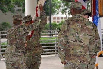 410th Contracting Support Brigade welcomes new commander