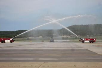 American, Dutch aviators reach milestones together