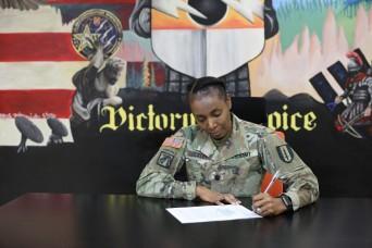 41st Signal Battalion Commander Overcomes Challenges Amidst Pandemic