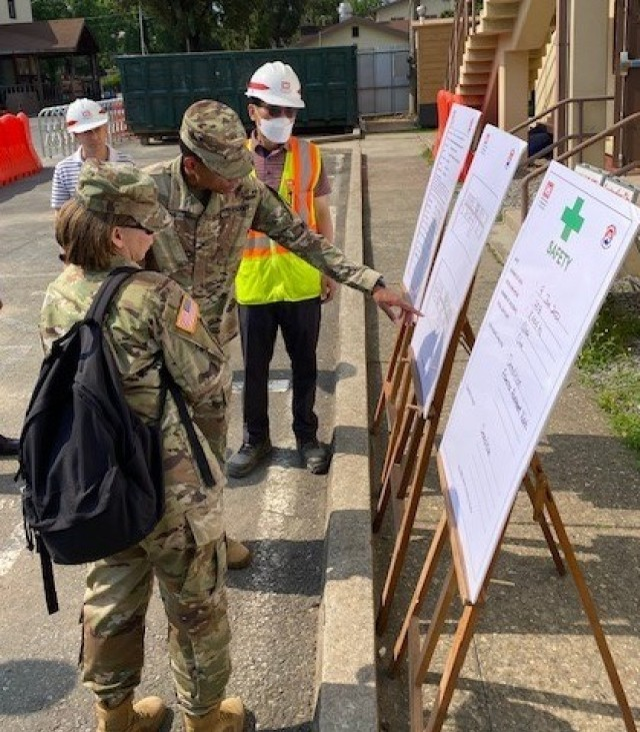 403rd AFSB command team views progress on headquarters building renovation