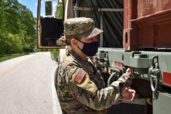 Munitions transportation training a win-win for reserve Soldiers; Crane Army Civilians
