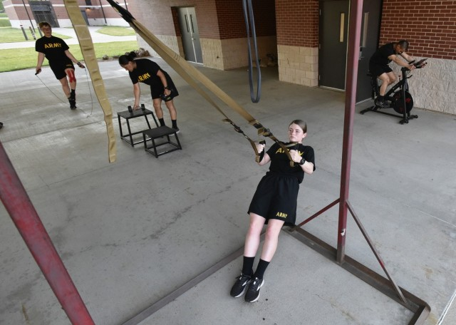 Trainees assigned to Company C, 35th Engineer Battalion, perform exercises tailored to the limitations of their short-term injury profiles. A new program at Charlie Company is helping trainees stay fit while they heal.