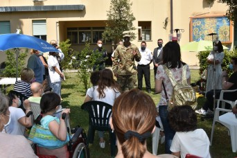 Army at Camp Darby brightens day for children at Pisa Hospital