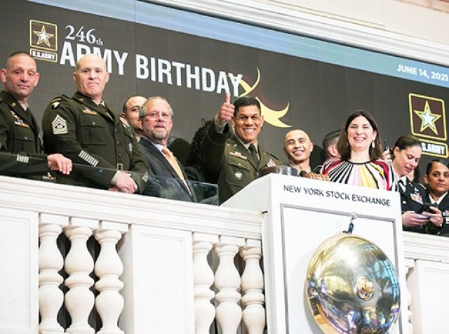 The New York Stock Exchange welcomes soldiers and guests of the U.S. Army in celebration of its 246th Birthday. To honor the occasion, Brig. Gen. Mark Quander, 79th Commandant, U.S. Corps of Cadets U.S. Military Academy, West Point, joined by NYSE President Stacey Cunningham, ring The Closing Bell®.    Photo Credit: NYSE