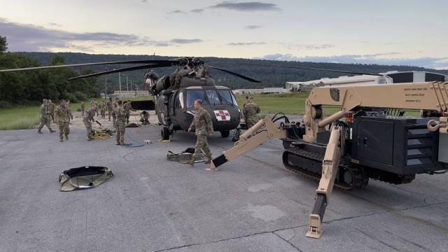 Iowa, Virginia, W.Va. aviation Soldiers train in Pennsylvania