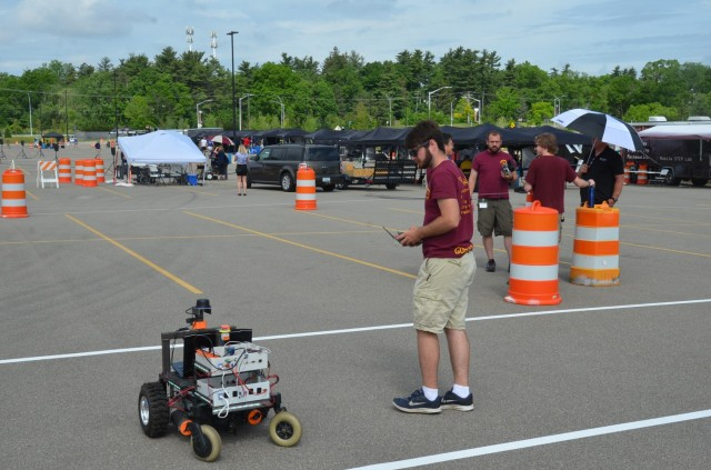 Called the Robotic Technology Kernel (RTK), the government-owned software was the common thread in autonomous vehicles designed and built by students from around the country at the 28th annual Intelligent Ground Vehicle Competition (IGVC) at Oakland University June 4-7.