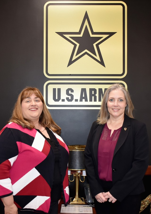 AMC Financial Management Chief Provides Continuity to Warfighter Support during JMC Visit