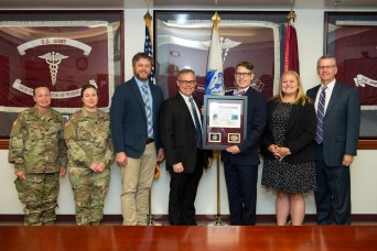 APHC COVID-19 Task Force receives Army Medicine Quarterly Wolf Pack Award