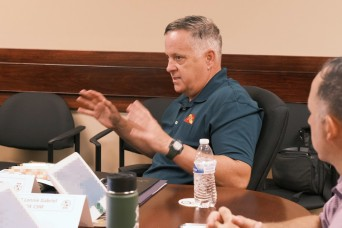 Subject matter experts prepare incoming commanders for transportation mission