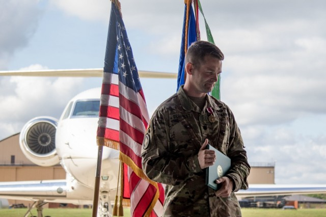 The United States Army Priority Air Transport Command (USAPAT) commemorated the service of LTC Andrew DeForest as its outgoing commander and welcomed LTC Ethan Loeffert as the incoming commander in a Change of Command Ceremony at Joint Base Andrews, Maryland,  June 25, 2021.