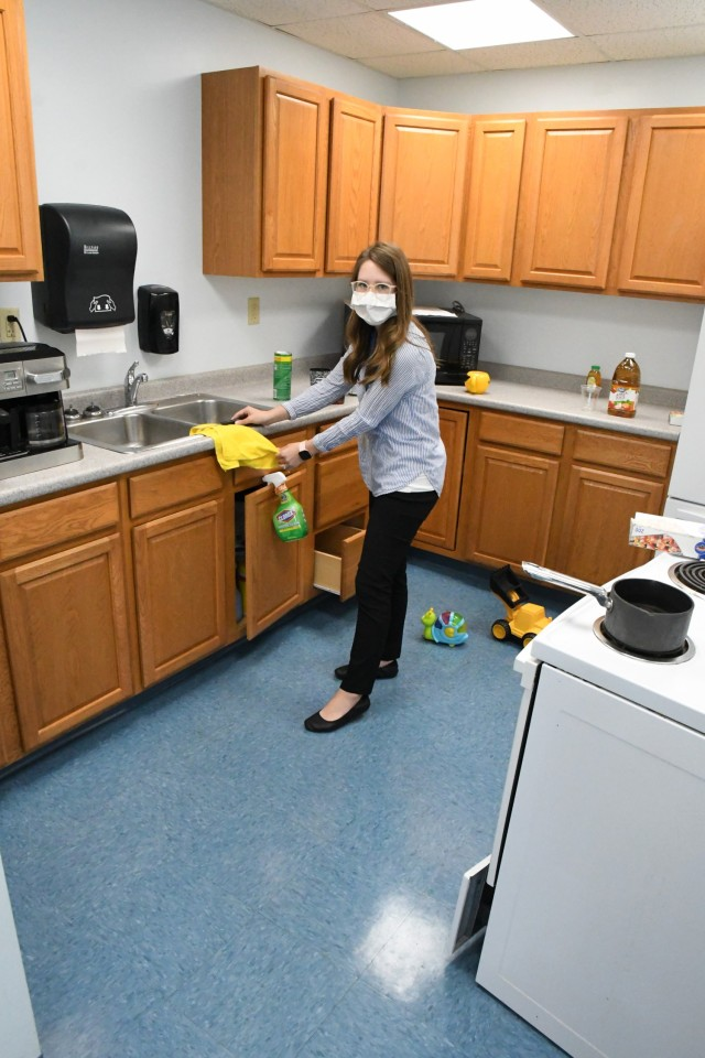 """Fort Drum's new Enrichment Center offers a """"Healthy Environment"""" for learning home safety"""