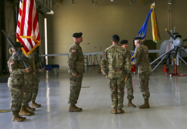 Regulator battalion changes command at Libby Army Airfield