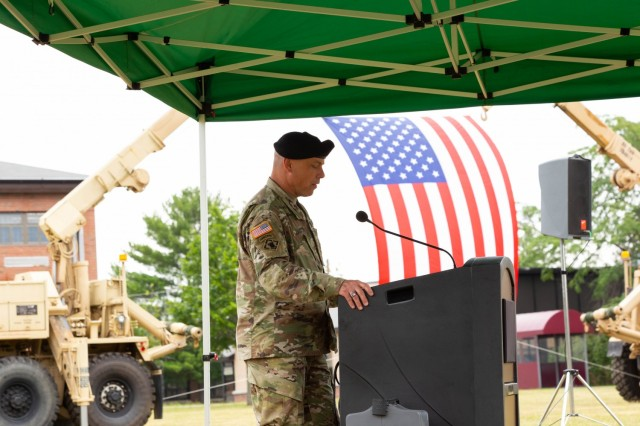COL Brierton speaking to the attendees at the Change of Command & Change of Responsibility.