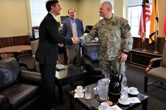 Kentucky Governor Andy Beshear makes first visit to Fort Knox since taking office