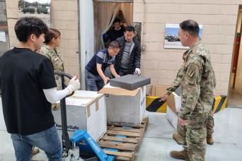 Quick-thinking medical logistics team saves sensitive supplies in Korea