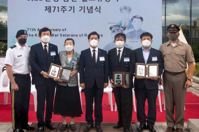 Annual memorial ceremony honors Korean railroad workers who fought, died in Korean War