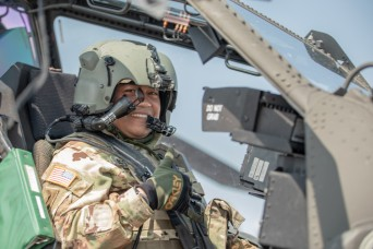 1st CAB Conducts Apache Incentive Flights