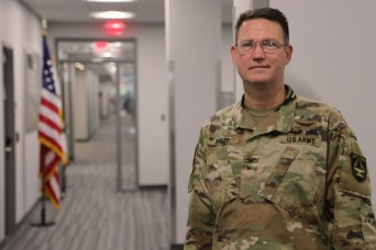 Center welcomes new military deputy