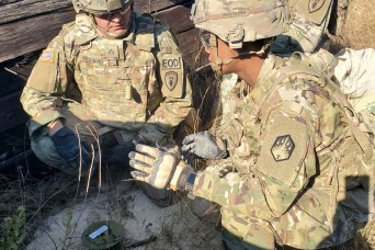 Soldier rescues unconscious driver from smoking vehicle on Texas interstate