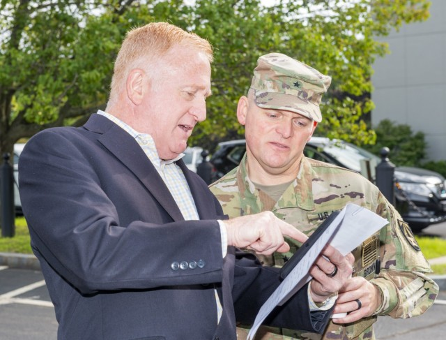 Doug Tamilio and Brigadier General Brown
