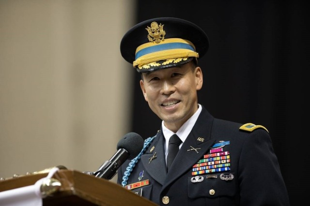 As Cadet Command representative, Col. Lance Oskey talks to Army opportunity with the Society of Asian Scientists and Engineers #SASE, during the California University graduation 2019. @SaseConnect
