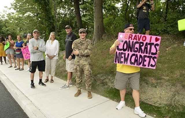 Family members and West Point community members gather to cheer on the new cadets durng March Back.