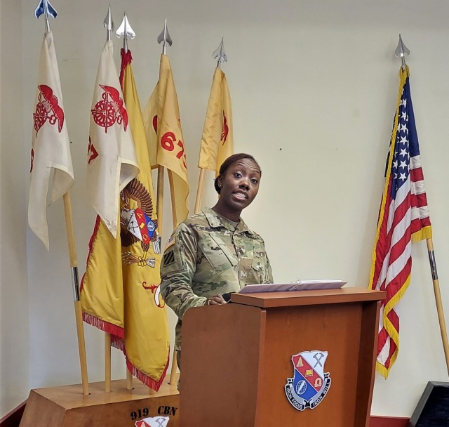 Contracting battalions welcome new senior enlisted leaders