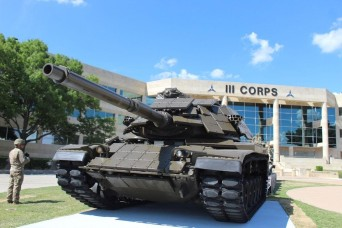 'New' tanks now frame Fort Hood's III Corps Headquarters
